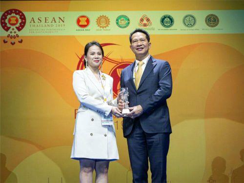 Học viện Teky giành giải doanh nghiệp khởi nghiệp và đổi mới sáng tạo xuất sắc ASEAN 2019