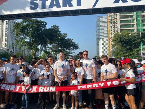 Đoan Trang hào hứng chạy bộ gây quỹ từ thiện cho các bệnh nhân ung thư