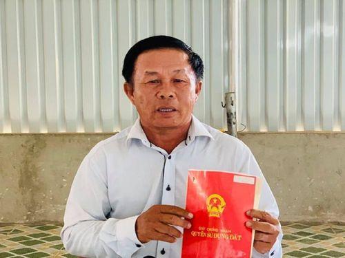 Tây Ninh: Anh em trong gia đình kiện nhau để chia tài sản