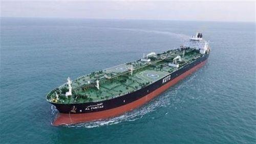 Tàu dầu Iran phớt lờ Mỹ, lạnh lùng cập cảng Syria