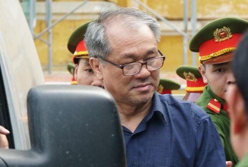 Ở tù, Phạm Công Danh vẫn được VKS đề nghị giao thêm tài sản