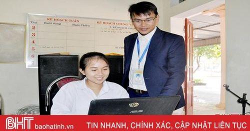 Nữ sinh Hà Tĩnh giành giải nhì toàn quốc cuộc thi tuổi trẻ học tập và làm theo gương Bác