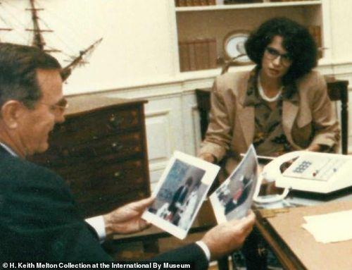 Bà 'trùm' cải trang của CIA từng khiến Tổng thống Bush kinh ngạc khi lột mặt nạ ngay tại Nhà Trắng