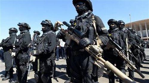 Nóng: Brazil bắt 5 binh sĩ Venezuela