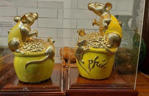 Tượng chuột vàng giá bạc triệu hút khách dịp Tết Canh Tý