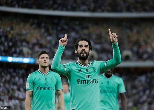 'Đè bẹp' Valencia, Real Madrid vào chung kết Siêu cúp Tây Ban Nha