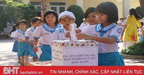 Học sinh Hà Tĩnh khởi động chương trình hỗ trợ bạn nghèo đón tết