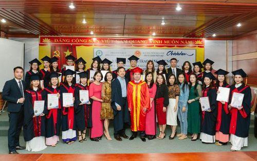 Trường Cao đẳng Du lịch – Thương mại Nghệ An:Sinh viên đã nhận 2 bằng tốt nghiệp của Australia và Việt nam