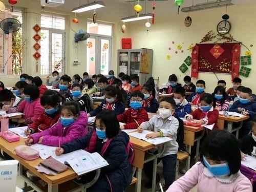 Hà Nội: Phun thuốc khử trùng các trường học trên địa bàn toàn TP