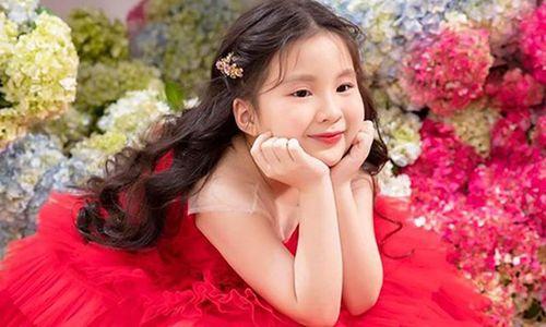 Vẻ đẹp như thiên thần của cháu gái Ninh Dương Lan Ngọc