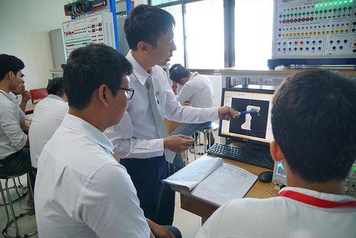 Một đại diện Việt Nam vào tốp 10 ĐH nghiên cứu hàng đầu ASEAN