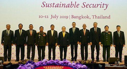 Hội nghị Bộ trưởng Quốc phòng các nước ASEAN – Diễn đàn xây dựng lòng tin trong khu vực