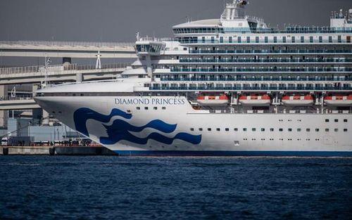 Nhân viên Bộ Y tế Nhật Bản nhiễm Covid-19 trên tàu Diamond Princess