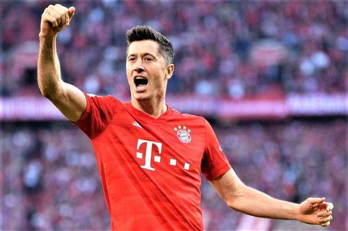 Lewandowski tiết lộ chuyện bị Dortmund chặn đường tới MU