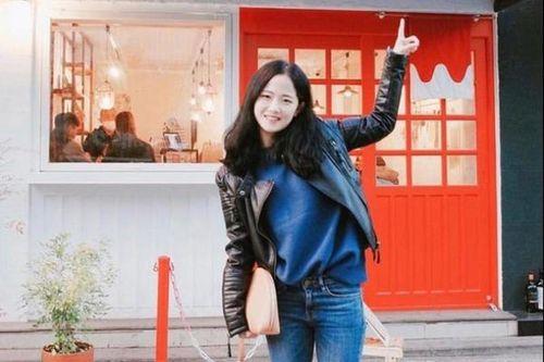 Nữ cầu thủ Hàn Quốc gây thương nhớ với biệt danh 'sát thủ có gương mặt trẻ thơ'