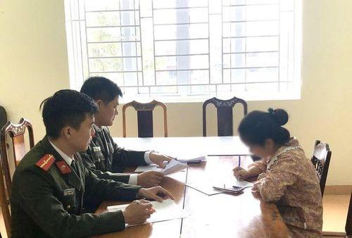 Tung tin sai sự thật về dịch bệnh Covid-19 ở Hà Tĩnh, cô gái bị phạt 10 triệu đồng