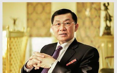 Buôn hàng hiệu lãi ít, dịch vụ sân bay mới thực sự là 'con gà đẻ trứng vàng' của ông Johnathan Hạnh Nguyễn