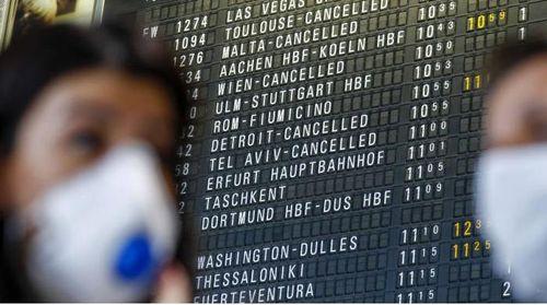 Du khách hoang mang, các hãng hàng không quốc tế lao đao sau lệnh cấm của Trump