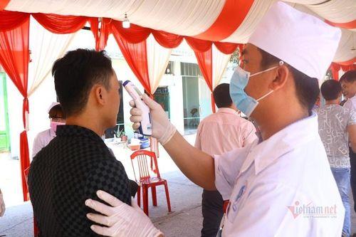 Bình Thuận đề nghị người dân tạm hoãn đám cưới