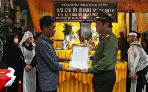 Ninh Bình: Thăng cấp hàm cho Đại úy hy sinh khi khi làm nhiệm vụ