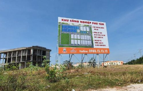 KCN Phú Tân được mua lại với giá 570 tỷ, vì sao OCB hào phóng định giá hơn 1085 tỷ?