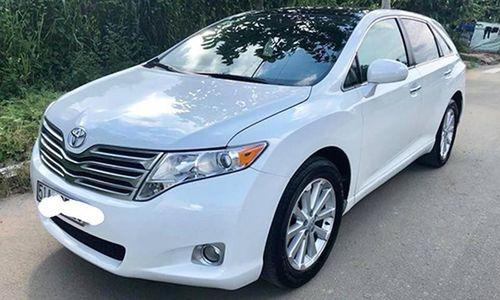Toyota Venza nhập Mỹ, dùng 10 năm bán dưới 700 triệu ở Sài Gòn