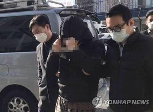 Sao Hàn phẫn nộ vì 'Phòng chat thứ N'