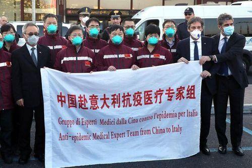 EU cảnh báo ý đồ chia rẽ sau chiến dịch trợ giúp của Trung Quốc