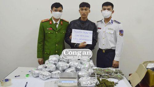 Đoàn Đặc nhiệm 2 Cảnh sát biển liên tiếp bắt tội phạm ma túy