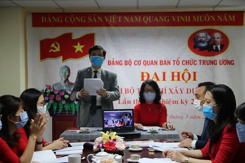 Đồng chí Ngô Minh Tuấn tái đắc cử Bí thư Chi bộ Tạp chí Xây dựng Đảng nhiệm kỳ 2020-2022