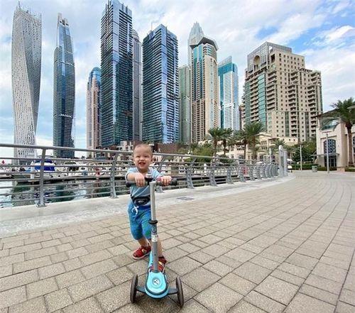 Kha Mỹ Vân theo chồng sang Dubai sống