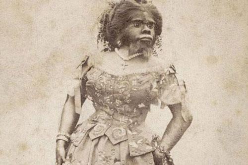 Người phụ nữ xấu nhất lịch sử được 20 người đàn ông cầu hôn và sự thật phía sau