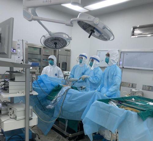 Phẫu thuật thành công cho bệnh nhân cách ly bị viêm ruột thừa
