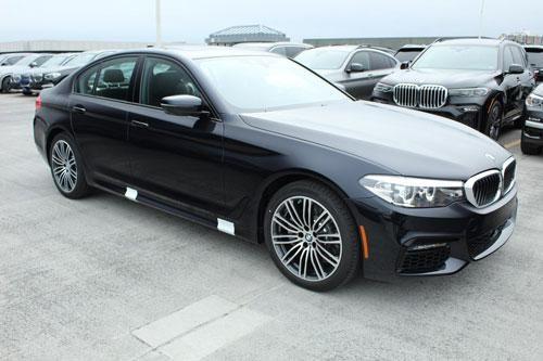 BMW 530e 2020: Công suất 248 mã lực, giá gần 1,3 tỷ đồng