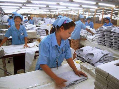 Nhật chuyển sản xuất khỏi Trung Quốc: Nhất tiễn song điêu