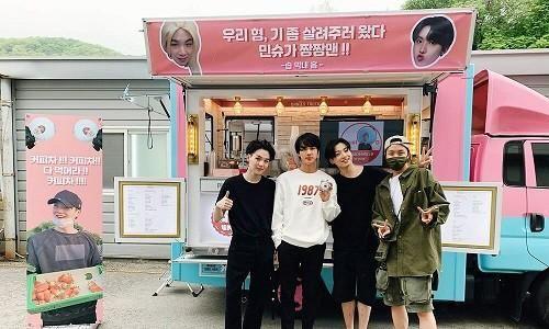 Xem MV 'Daechwita' (Agust D - Suga BTS) để biết cả nhà Big Hit thương nhau như thế nào!