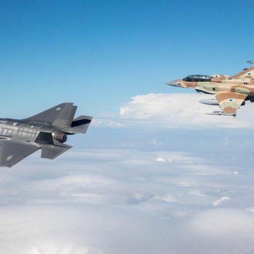 Chiến sự Syria: Vén màn bí ẩn sau sự 'án binh bất động' của S-300 và lý do Nga không chặn các cuộc tấn công của Israel vào Syria?