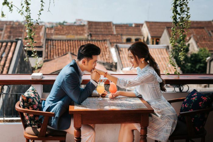 Hé lộ bộ ảnh cưới lãng mạn của Ưng Hoàng Phúc và Kim Cương