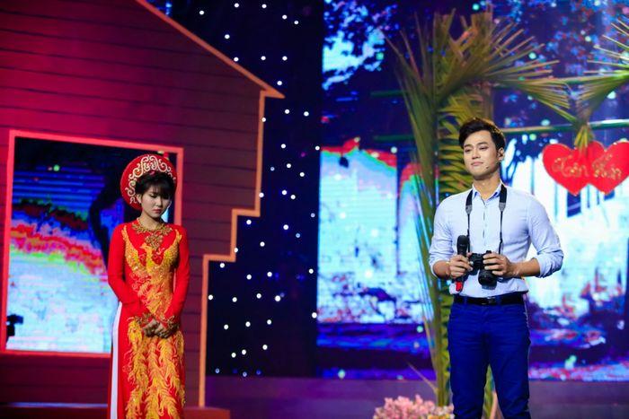 Danh ca Phương Dung bật khóc nức nở khi trông thấy 'bản sao' của mình thời trẻ. Hai nữ học trò của Đàm Vĩnh Hưng thắng nhất tuần ở Người Kể Chuyện Tình.