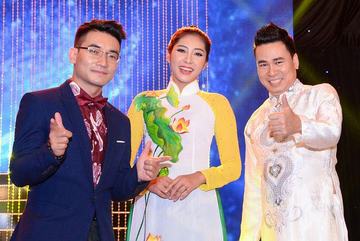 Hoa hậu Thu Thảo, Chi Nguyễn làm 'người tình sân khấu' của Michael Lang