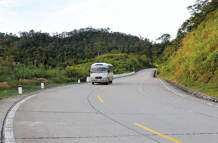 private car transfer phong nha to hue