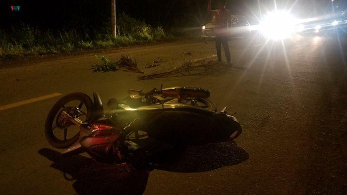 Hai xe mÔtô đối đầu, một người tử vong tại chỗ