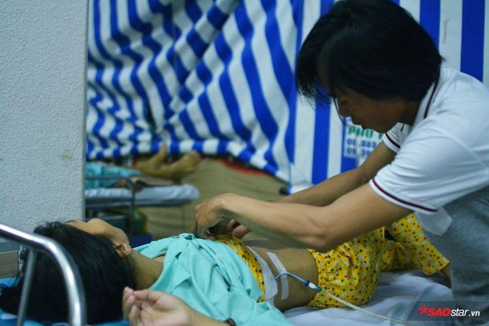 41221daea2e84bb612f9 Tâm sự nghẹn ngào của người mẹ trẻ bị căn bệnh ung thư hành hạ: Chị ước sống được đến năm con trưởng thành, nhưng chắc không thể