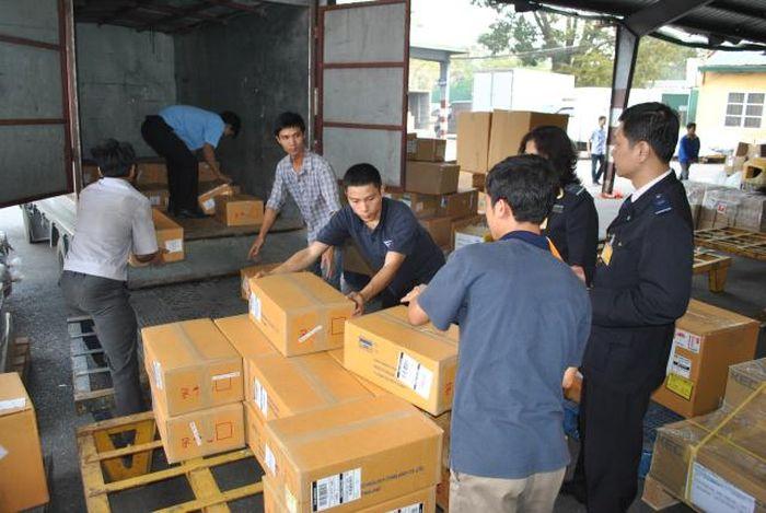 Báo KTNT: Hà Nội: Xử lý gần 2.700 vụ buôn lậu, thu ngân sách gần 527 tỷ đồng