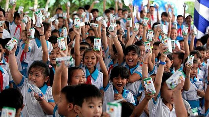 Hà Nội: Đảm bảo trẻ em mẫu giáo và học sinh tiểu học được uống sữa học đường từ đầu năm 2019