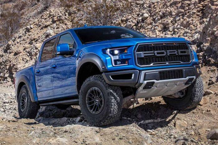Top 10 xe bán tải tốt nhất trên thị trường: Ford Ranger Raptor góp mặt