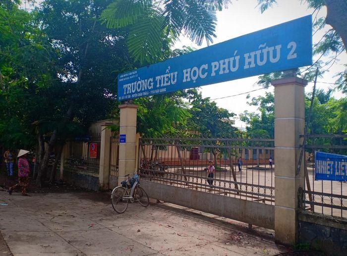 Báo VTC: Thầy giáo tiểu học ở Hậu Giang bị 'tố' trù dập khiến học sinh rối loạn ám ảnh sợ