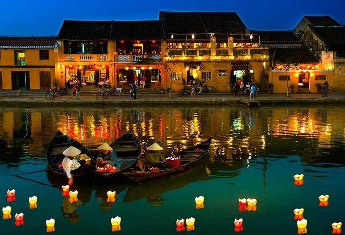 Báo Hà Nội Mới: Những thành phố du lịch đẹp nhất Việt Nam