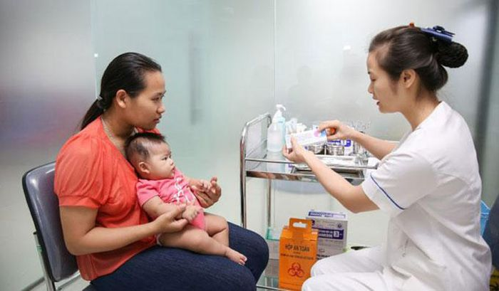 Báo Hà Nội Mới: Đưa vắc xin mới vào tiêm chủng mở rộng: Có đáp ứng yêu cầu?