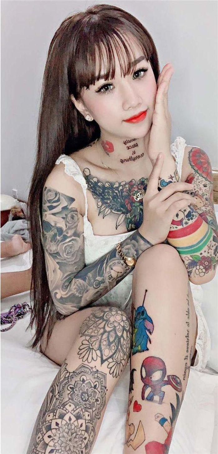 Xăm kín người, cô gái xinh đẹp bị nhầm là giang hồ: 'Mẹ nói nếu không giống người bình thường thì phải sống sao cho họ tôn trọng'